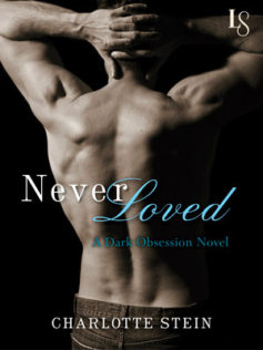 Review:  Never Loved by Charlotte Stein